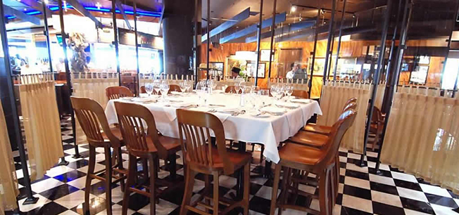 Plan Your Next Private Event At Detroit S Most Beautiful Dining E The Ship Room Joe Muer Seafood Or Bring Up To 175 Guests Our